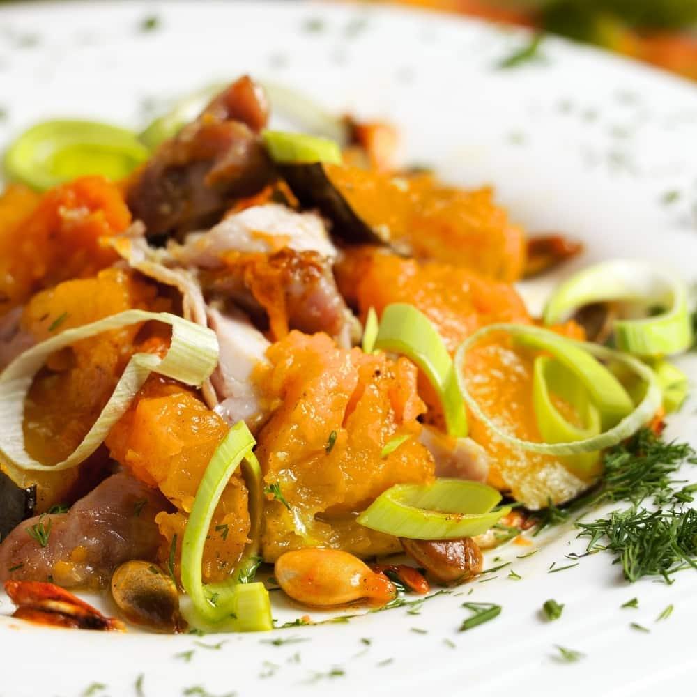 Ensalada de quinoa y pollo asado (1)